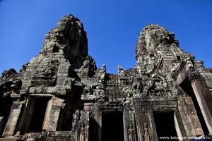 Первый буддистский храм